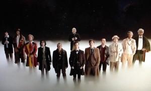 Svi Doktori od 1963. godine (osim Petera Capaldija koji je dobio ulogu Doktora nekoliko mjeseci nakon filma, iako se i on pojavio u filmu, ali samo na 2 sekunde)